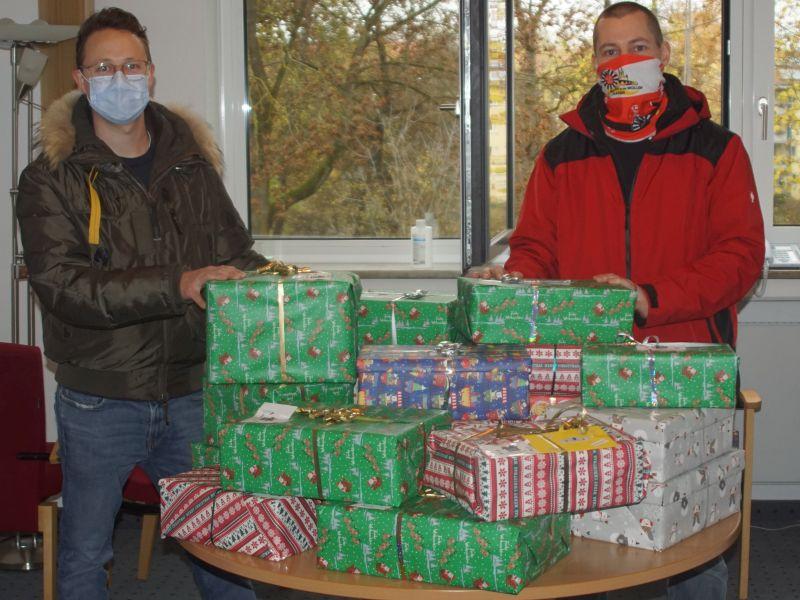 Weihnachtspäckchen für Ost-Europa